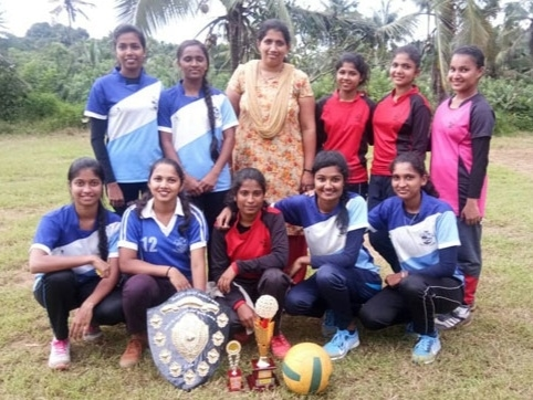 Sports Team Shines in Tug of War and Throwball Match